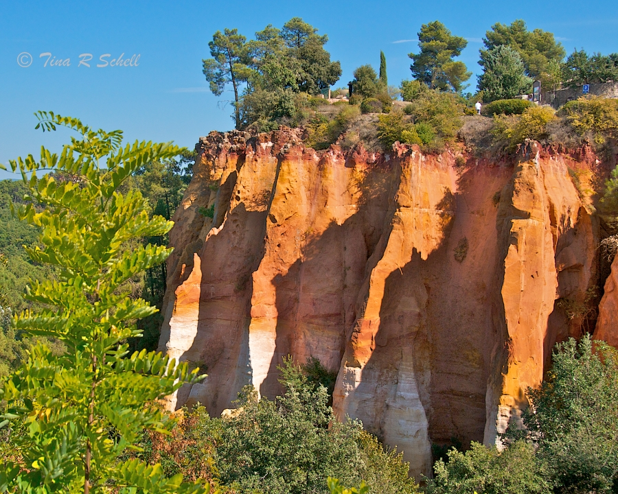 DISTANT RIDGES,ROUSSILLON FRANCE