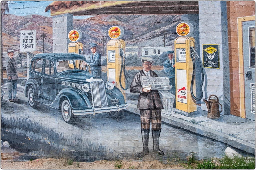 NEWSMAN MURAL - OLD INDIO