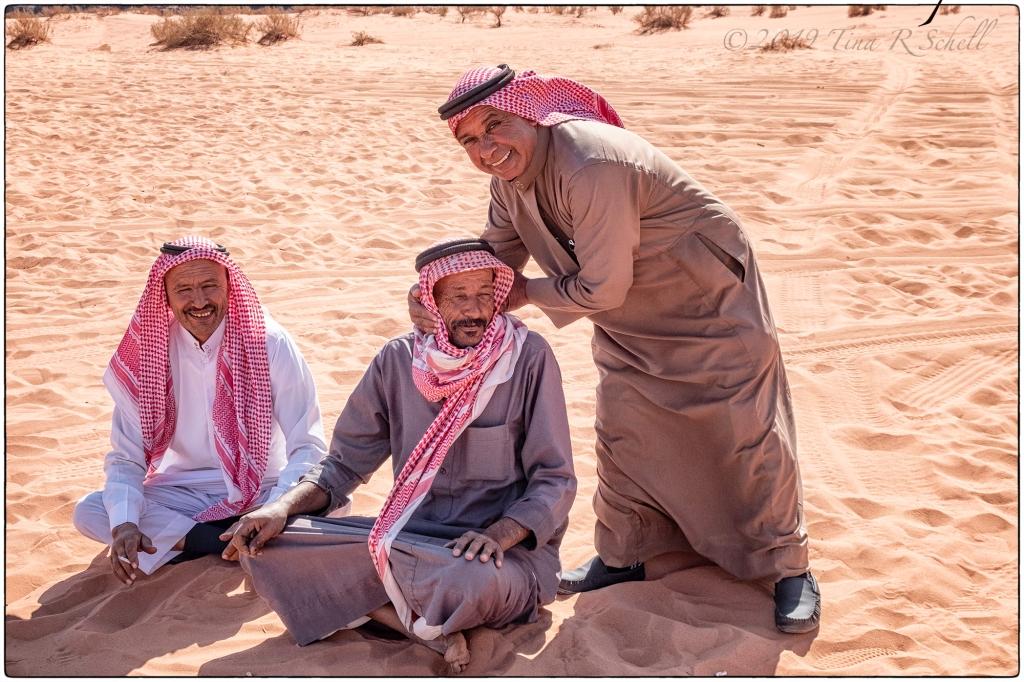 3 Jordanians in keffiyehs