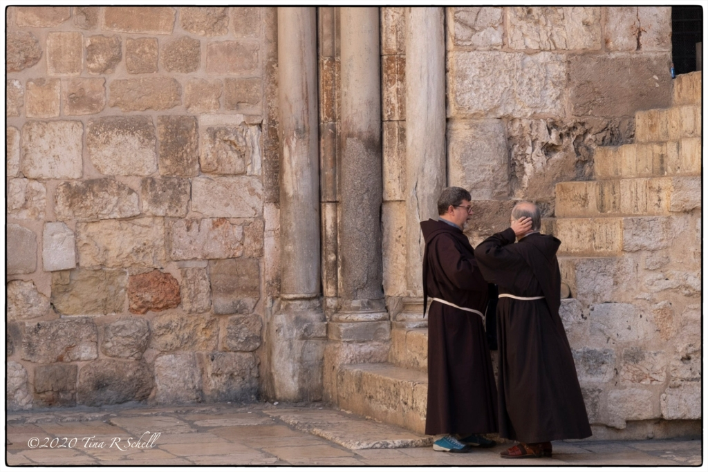 two friars, brown, pillars